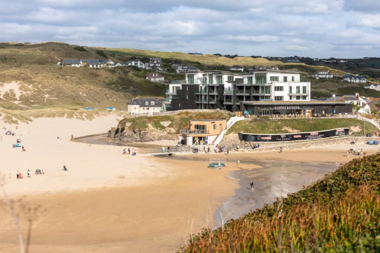 Beachside holiday homes in Perranporth