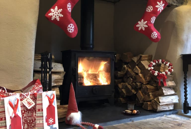 Self-catering home with woodburner for Christmas in Cornwall